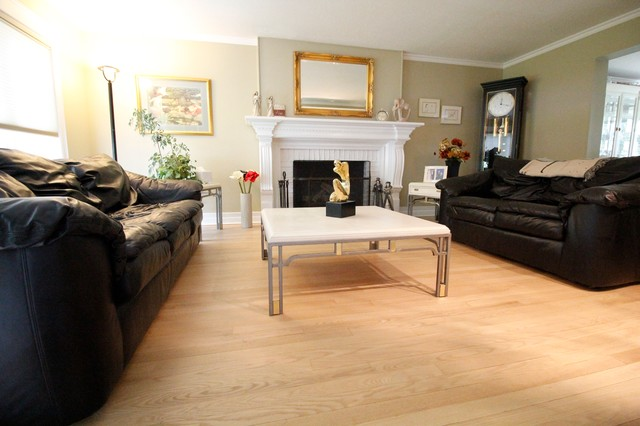 Natural Water Based Finished On Red Oak Floor Contemporary Living Room