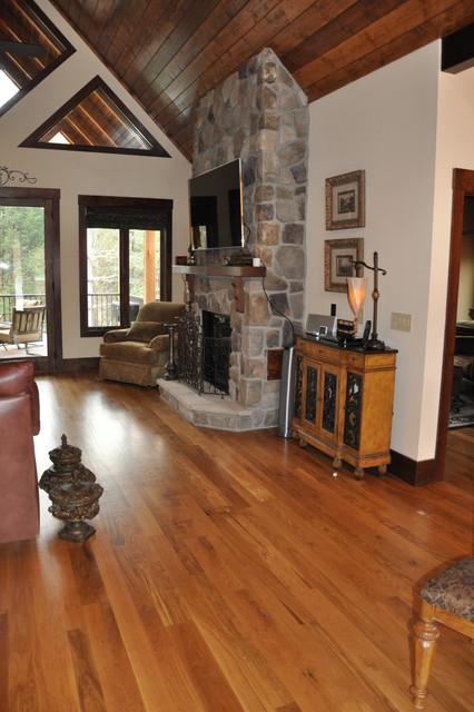 Natural white oak rustic floor rustic living room for Hardwood floor dealers