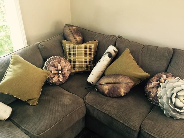 Remarkable Nature Inspired Corner Sofa And Accent Pillows Sebastopol Short Links Chair Design For Home Short Linksinfo