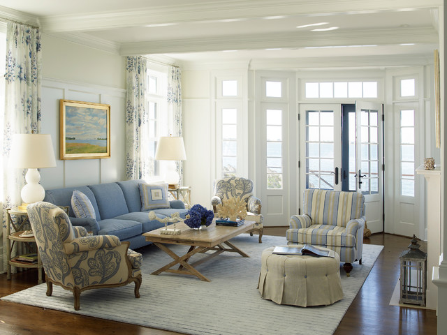 Nautical House On The Bay Hamptons Beach Style Living Room New