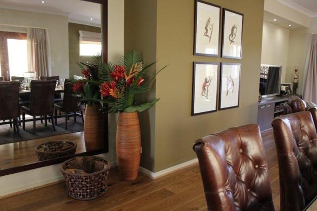 Neauvo QLD traditional-living-room