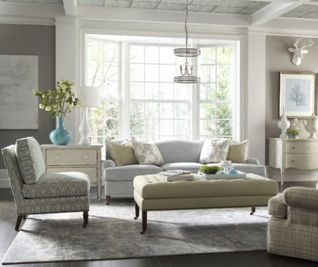 Neutral living room design for Neutral family room ideas