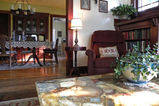 New Bridge, OR: The Pennock Family craftsman-living-room