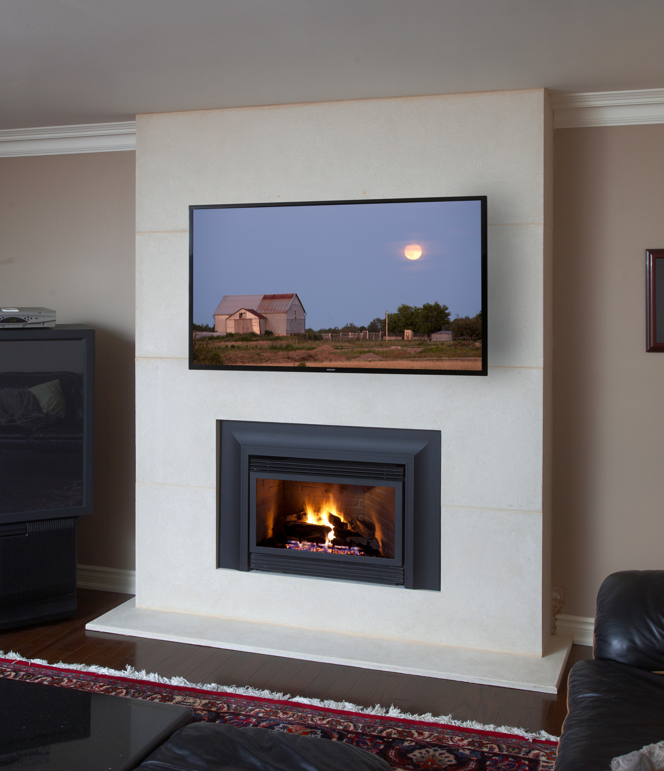 75 Beautiful Small Living Room With A Standard Fireplace Pictures Ideas November 2020 Houzz
