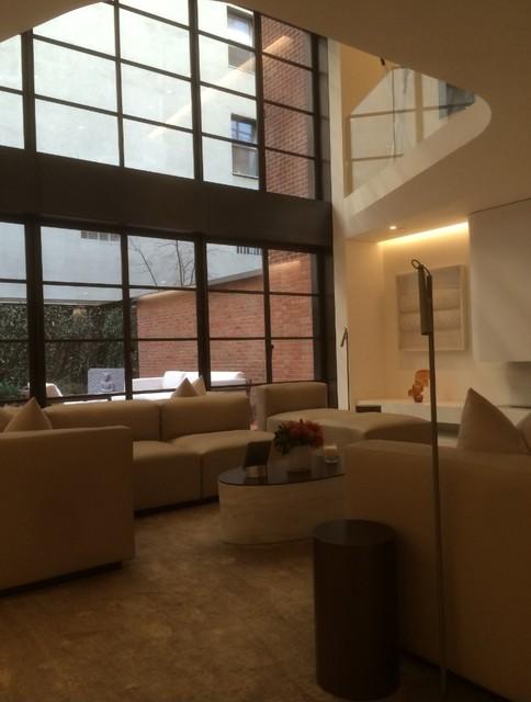New york townhouse brombal usa for Modern living room usa