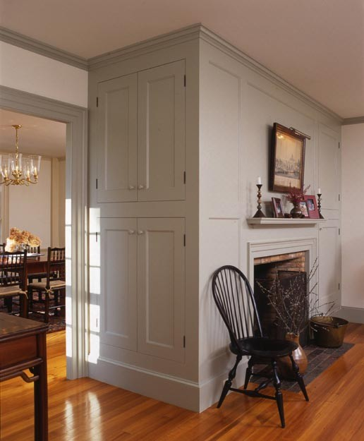 Newburyport Federal - Built in traditional living room