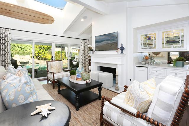Newport Beach - Dover Shores beach-style-living-room