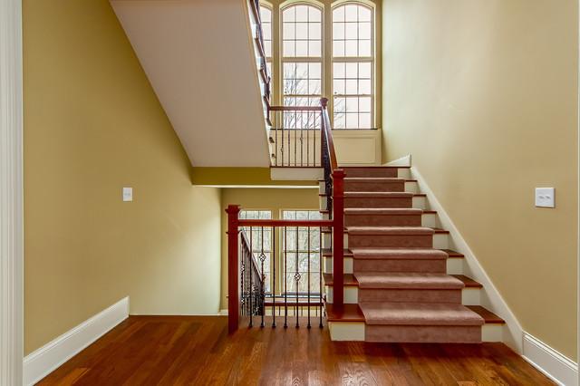 Living room - transitional living room idea in Columbus