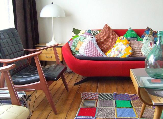 Nina van de Goor's Home midcentury-living-room