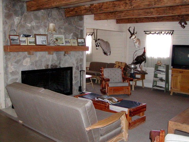 Houzz Home Design Entrance Stone Exterior together with Wall Treatments Interior Design European Country additionally 391813236303388765 moreover Rustic Living Rooms likewise 57014 10x10 Tent Kids Eclectic With Book Display Chalkboard Paint Floating Shelves Square Window Teepee. on rustic craftsman traditional interior doors denver