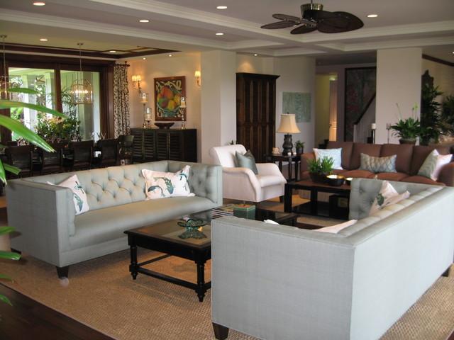 Noela - Honolulu, Hawaii tropical-living-room