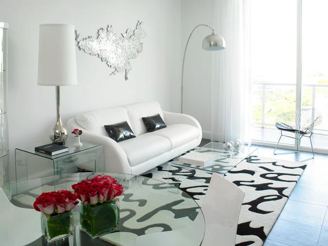 Nordica modern-family-room