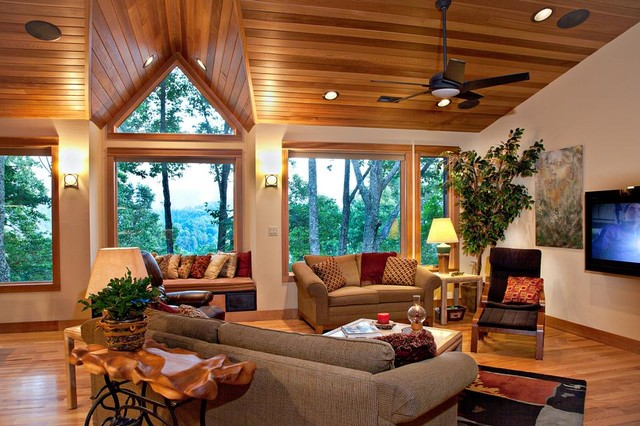 North Carolina Mountain Homes Traditional Living Room