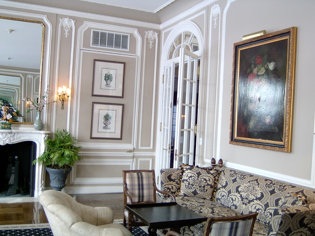 North Shore Long Island Custom Moulding And Trim Installation Painting Traditional Living