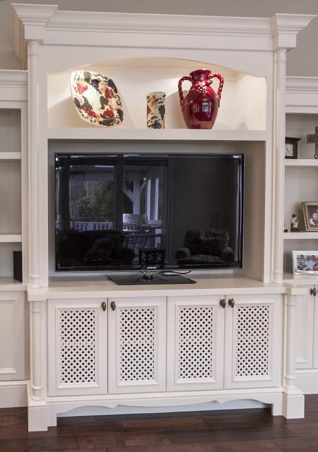 Oak Hills traditional-living-room
