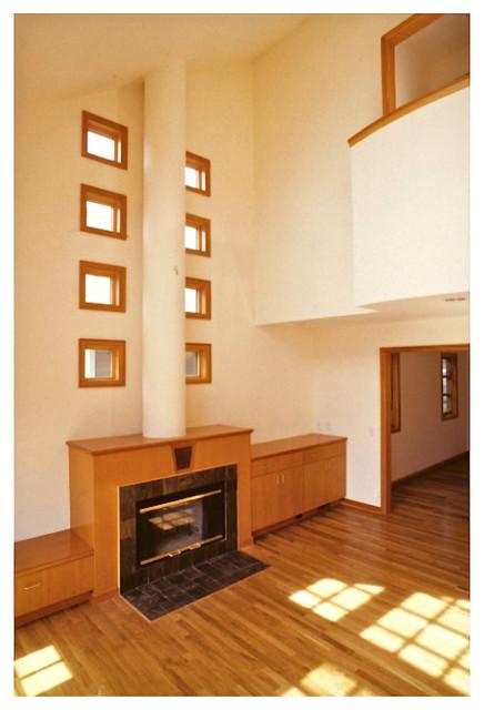 Oakland Buena Vista House contemporary-living-room