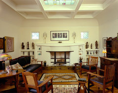 Oakland Hills Arts & Crafts Home traditional living room