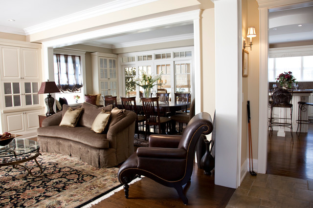 Oakville Classic traditional-living-room