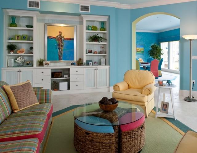Oceanfront Florida tropical-living-room