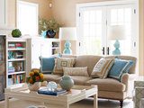 beach style living room How to Bring Beige Walls to Life (8 photos)