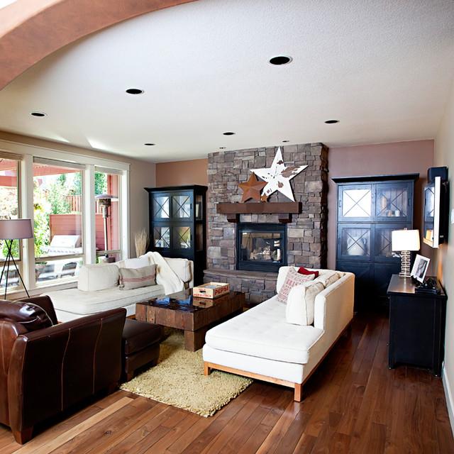 Old Living Room: Living Room