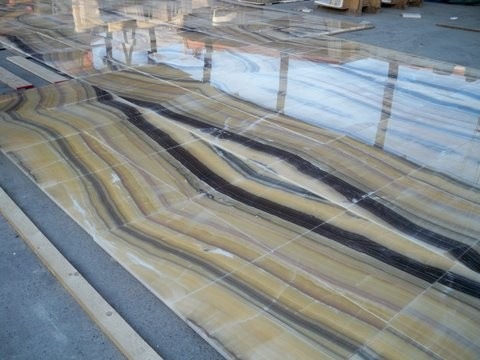 Onyx Flooring, Book matched, Yellow River modern living room