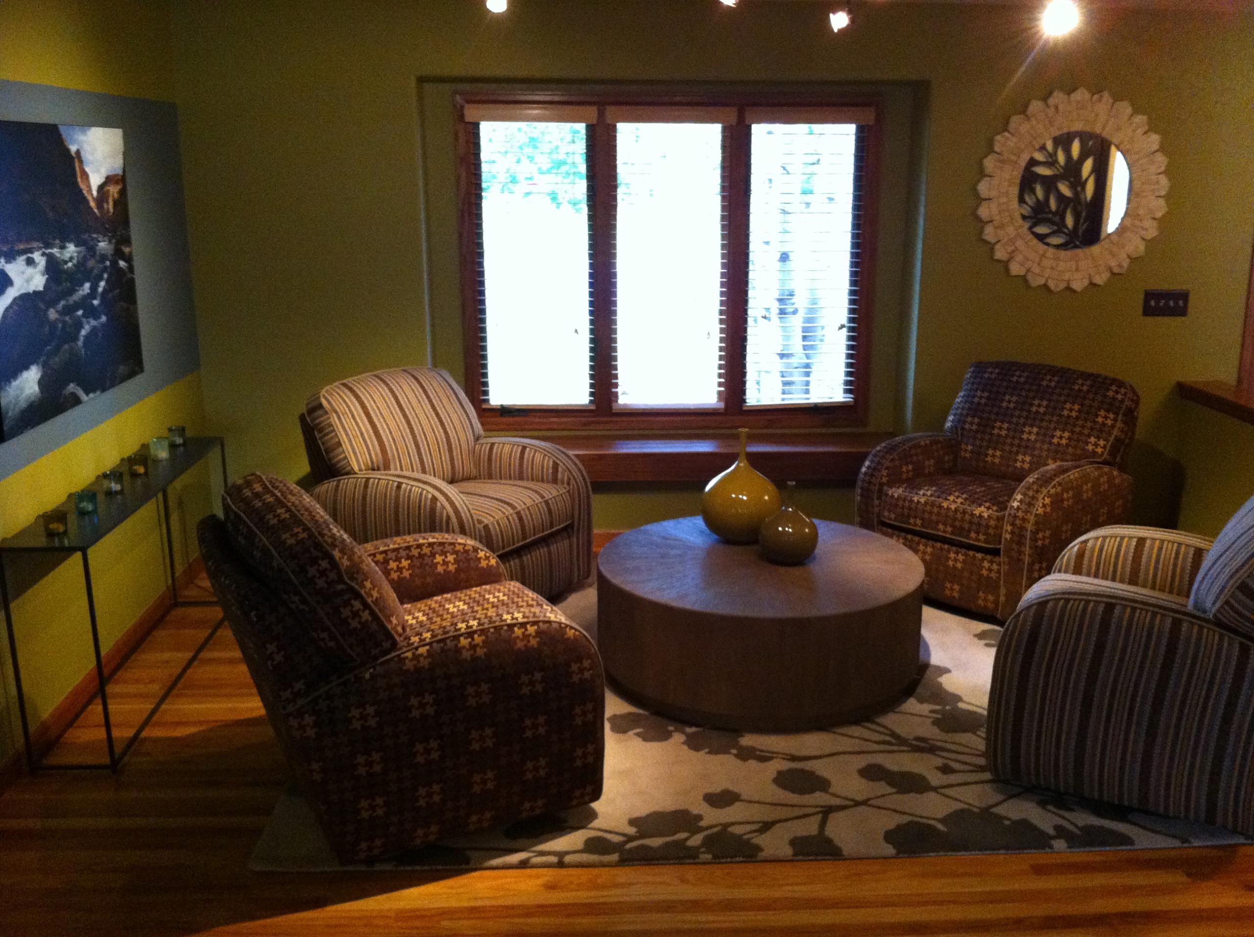 Organic Chat Room