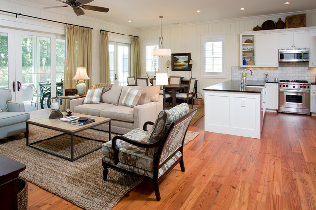 Palmetto Bluff Cottages Traditional Living Room
