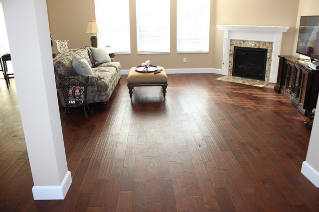 Pam 39 S Wood Tile Floors And Fireplace Traditional Living Room Cincinnati By Flooring