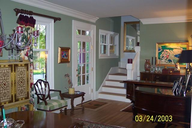 Pamela Foster & Associates, Inc. traditional-living-room