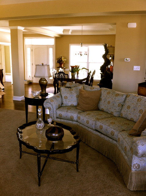 Parade of Homes (Orchard Glen) traditional-living-room