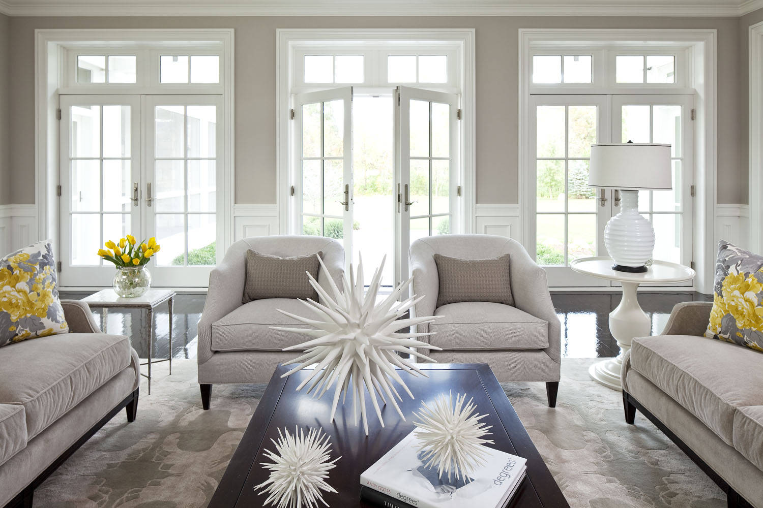 Two Tone Paint Living Room Ideas & Photos | Houzz