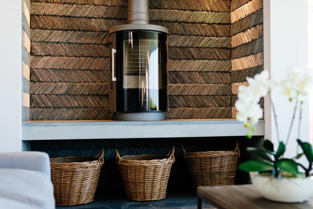 Pentyak, Harlyn Bay transitional-living-room