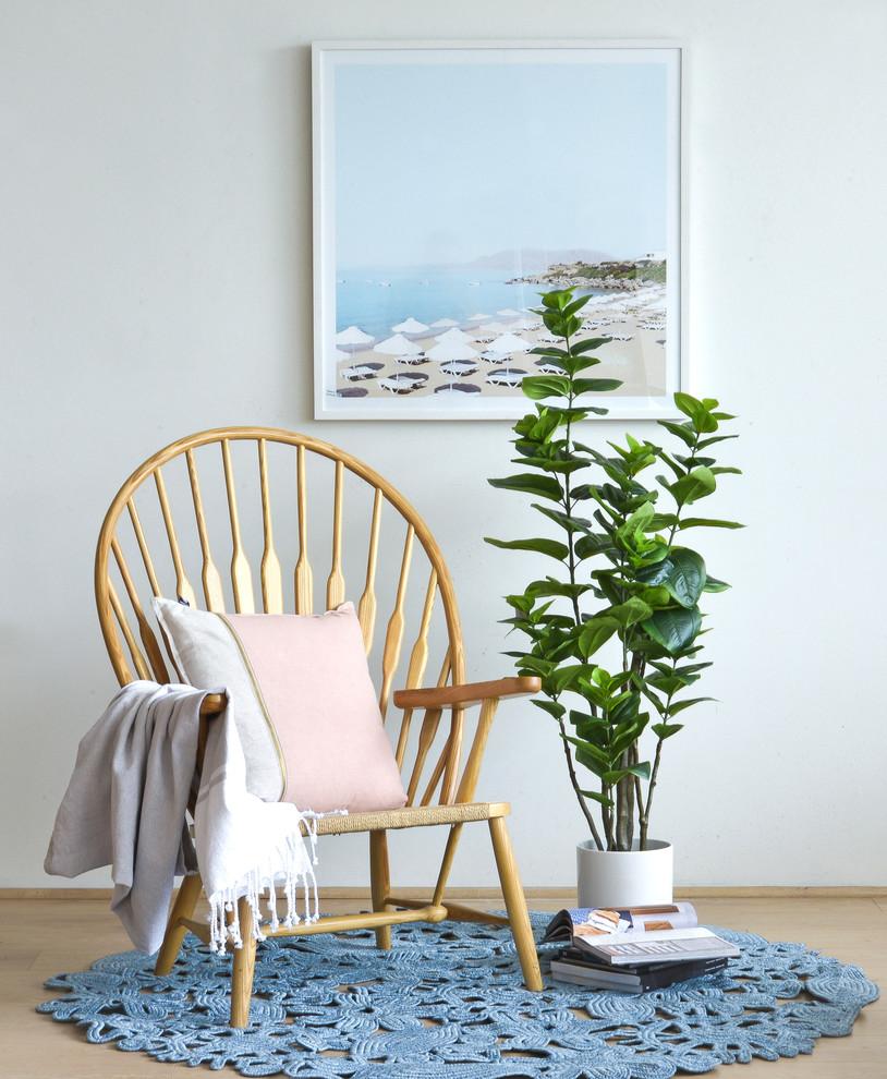 Inspiration for a modern living room remodel in Melbourne