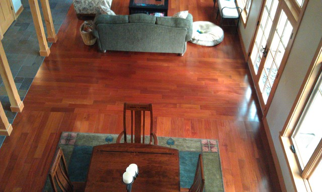 Philomath residence traditional-living-room