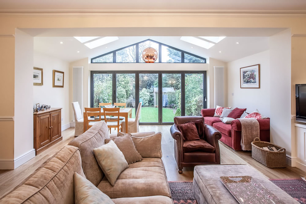 Pitched Roof Single Storey Extension In Teddington Traditional Living Room London By Go Building