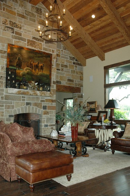 Ponderosa Ranch House traditional-living-room
