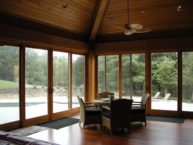 Pools traditional-living-room