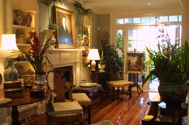 Private Home in Savannah traditional-living-room