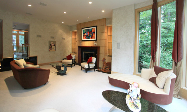 Private Luxury Residence for Sale in Brecksville, Ohio modern-living-room