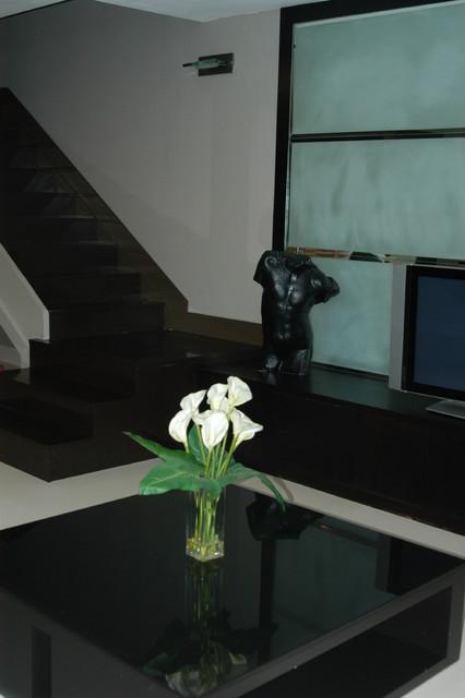 PRIVATE RESIDENCE- Ft. Lauderdale modern-living-room