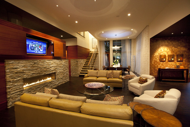 Private residence / Parade of homes modern living room