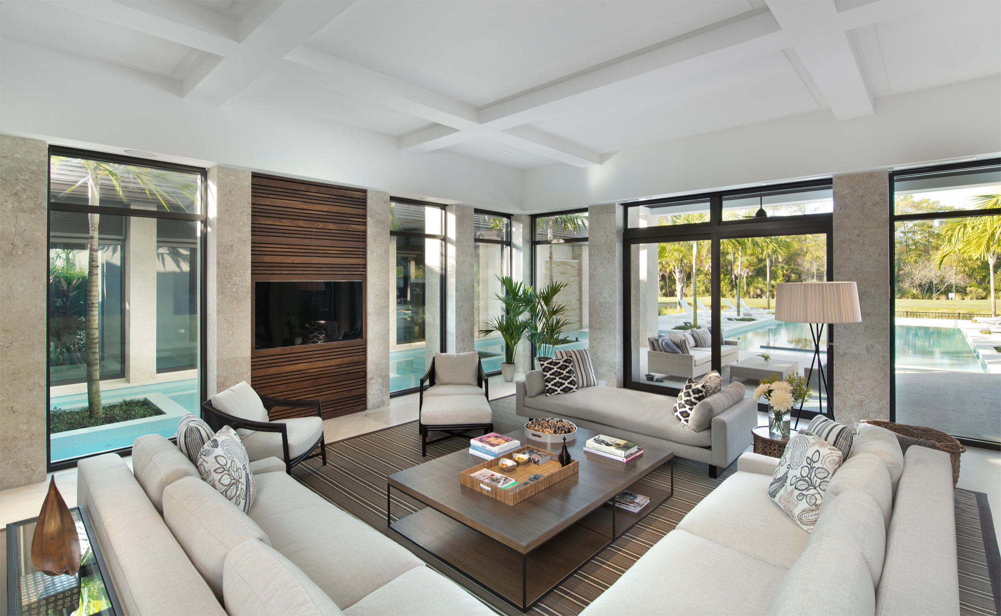 75 Beautiful White Marble Floor Living Room Pictures Ideas February 2021 Houzz