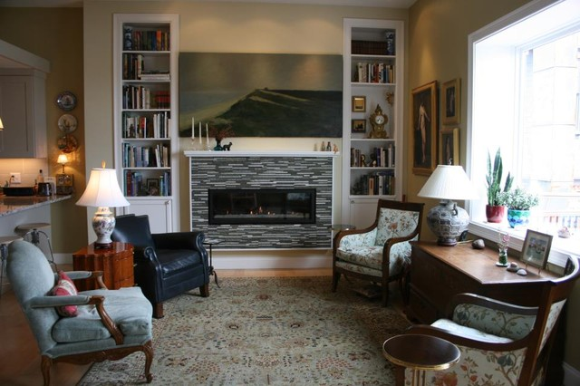 Private Townhouse traditional-living-room