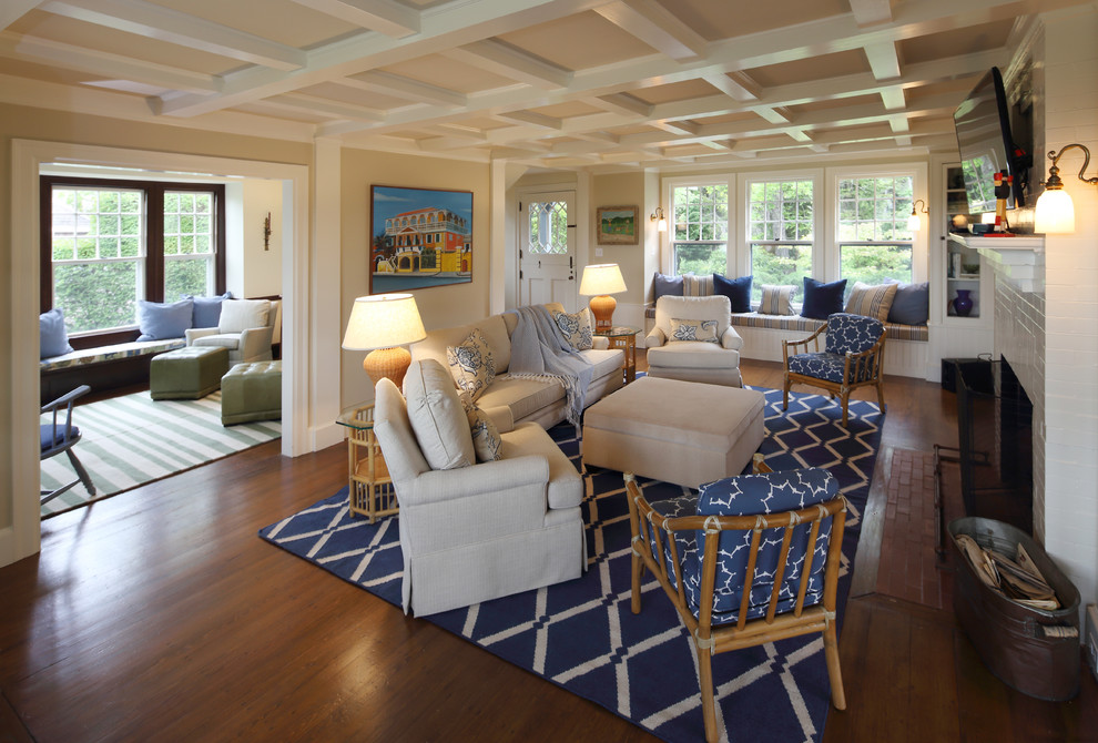 Large Living Rooms & Other Spaces: 10 Style Tips