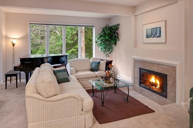 Quaint Bellevue Grand Home