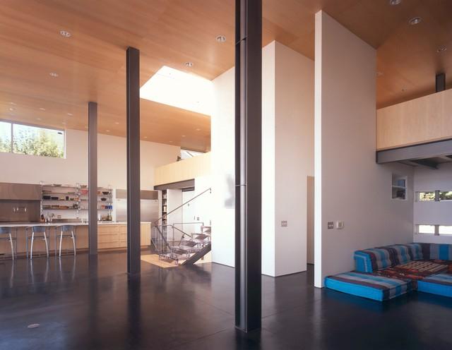 Queen Anne House modern-living-room