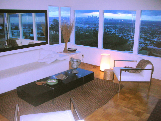 Quentin Foster modern-living-room
