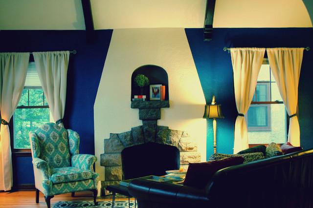 Quintana Residence traditional-living-room