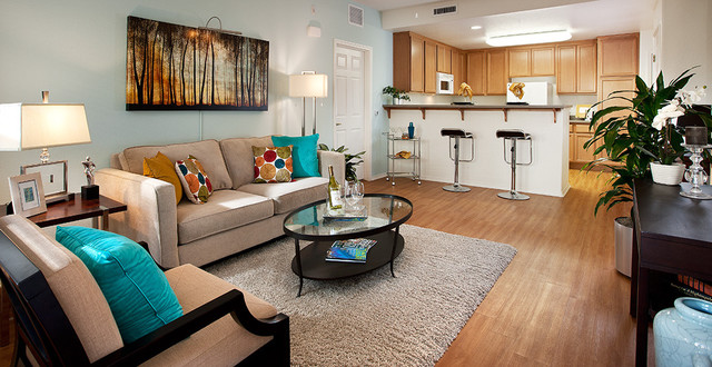 Ralston courtyard apartment model contemporary living for Model apartments